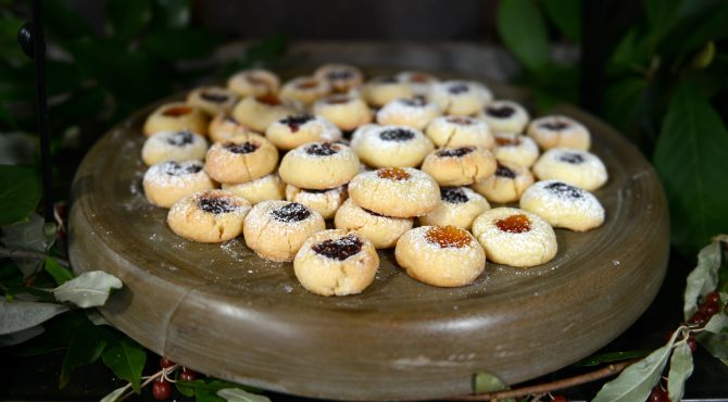 jam tartlett cookies