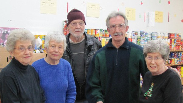 pantry-volunteers