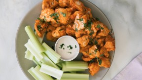 Vegan-Buffalo-Cauliflower-Wings-horizontal