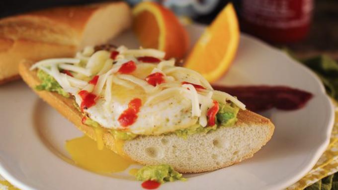 Fried Egg Sandwich (1 of 1)