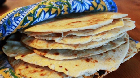 Groovy Authentic Tortillas And Beans Kitchen Explorers Pbs Food Interior Design Ideas Clesiryabchikinfo
