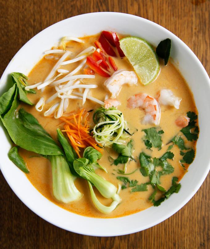 Thai-vegetable-shrimp-soup