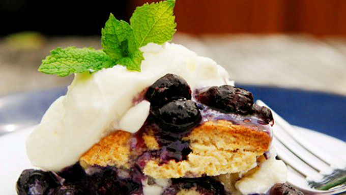 alice-currah-blueberry-shortcake