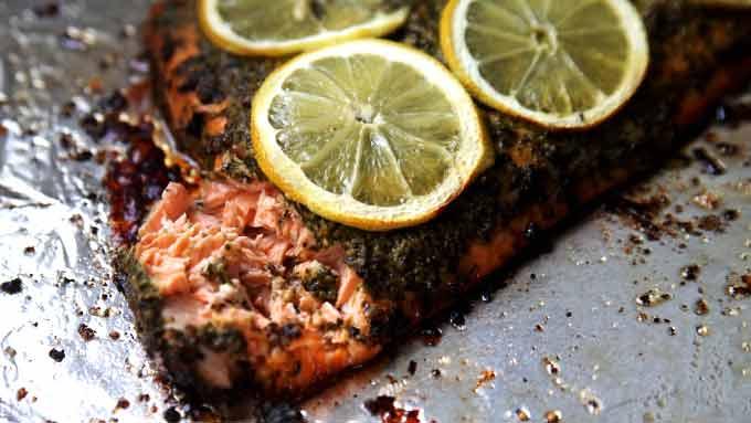 baked-pesto-salmon
