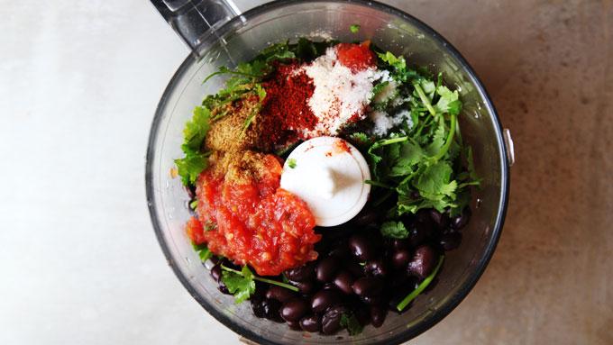 black-bean-hummus-ingredients