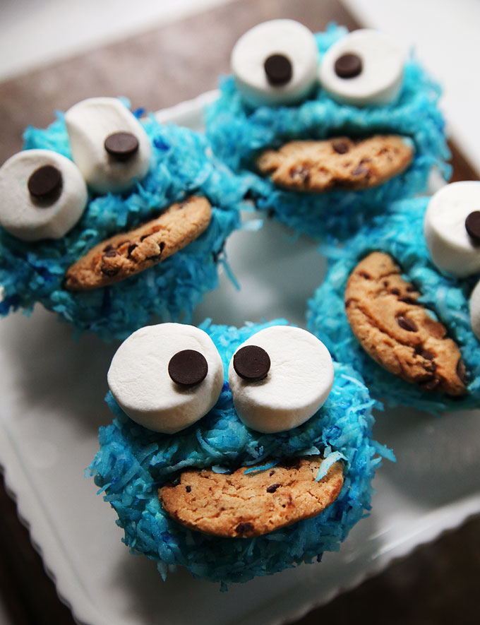 How To Make Cookie Monster Cupcakes Video Kitchen Explorers Pbs