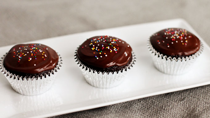 pbs-chocolate-cupcakes