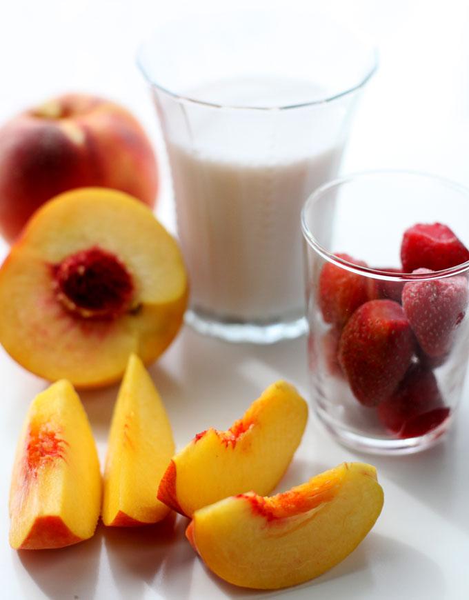 peach-berry-smoothie-1