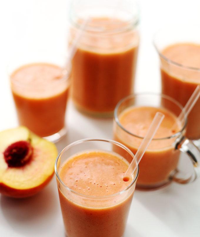 peach-berry-smoothie-2