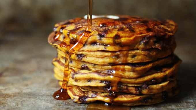 pumpkin-chocolate-pancakes-1