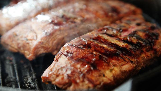 steaks-grilling
