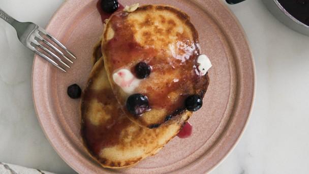 Banana Pancakes horizontal