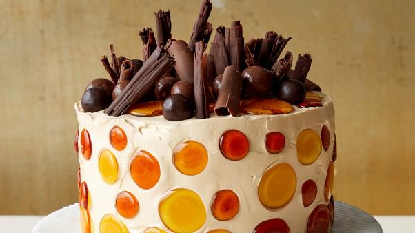 MBAK-1001-Adorned-Cakes