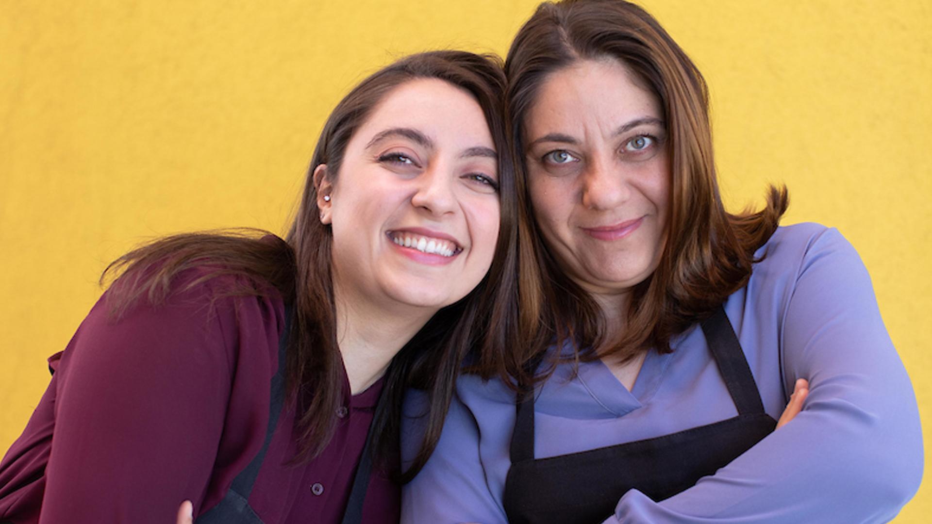 Vian Al Nidawi (right) and her daughter Sara Nassr