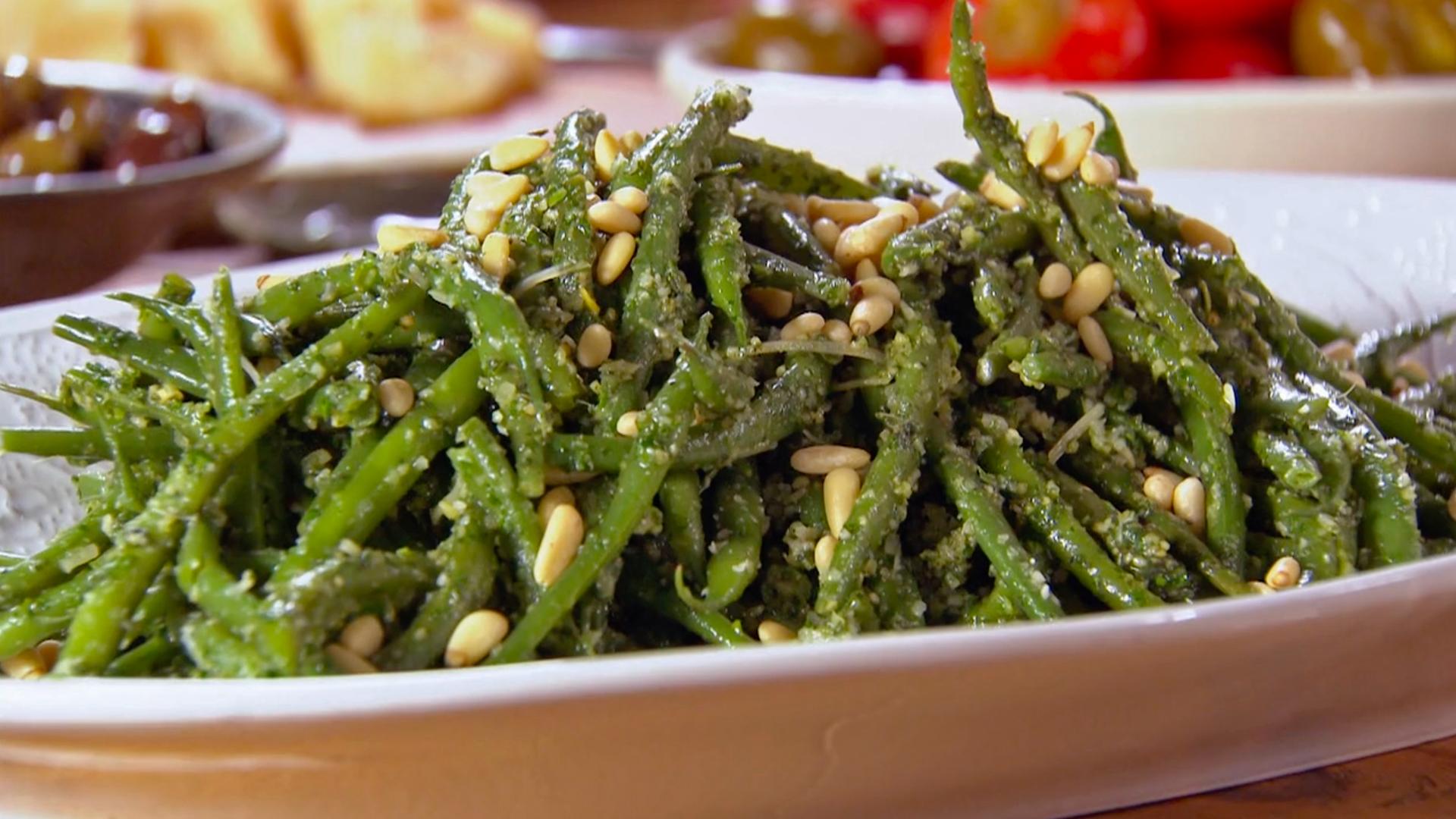 Green Beans with Mint Pesto (Fagiolini con Pesto Alla Menta)