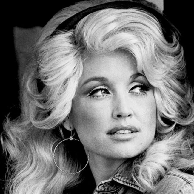 Dolly Parton, 1977 (public domain image, RCA Records)