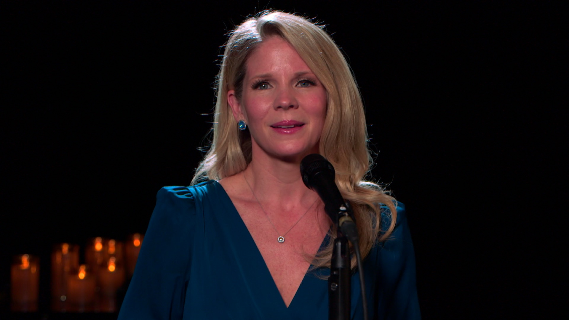 Kelli O'Hara Performs