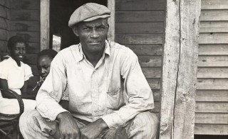 Photographer Ben Shahn, working for the Farm Security Administration Collection, captured this image of sharecroppers in Arkansas, dated October 1935. Photo from The New York Public Library, Schomburg Center for Research in Black Culture via Wikimedia Commons
