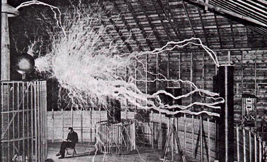 Nikola Tesla : Penemu Wardenclyffe Tower – Sumber daya listrik nirkabel yang bebas biaya