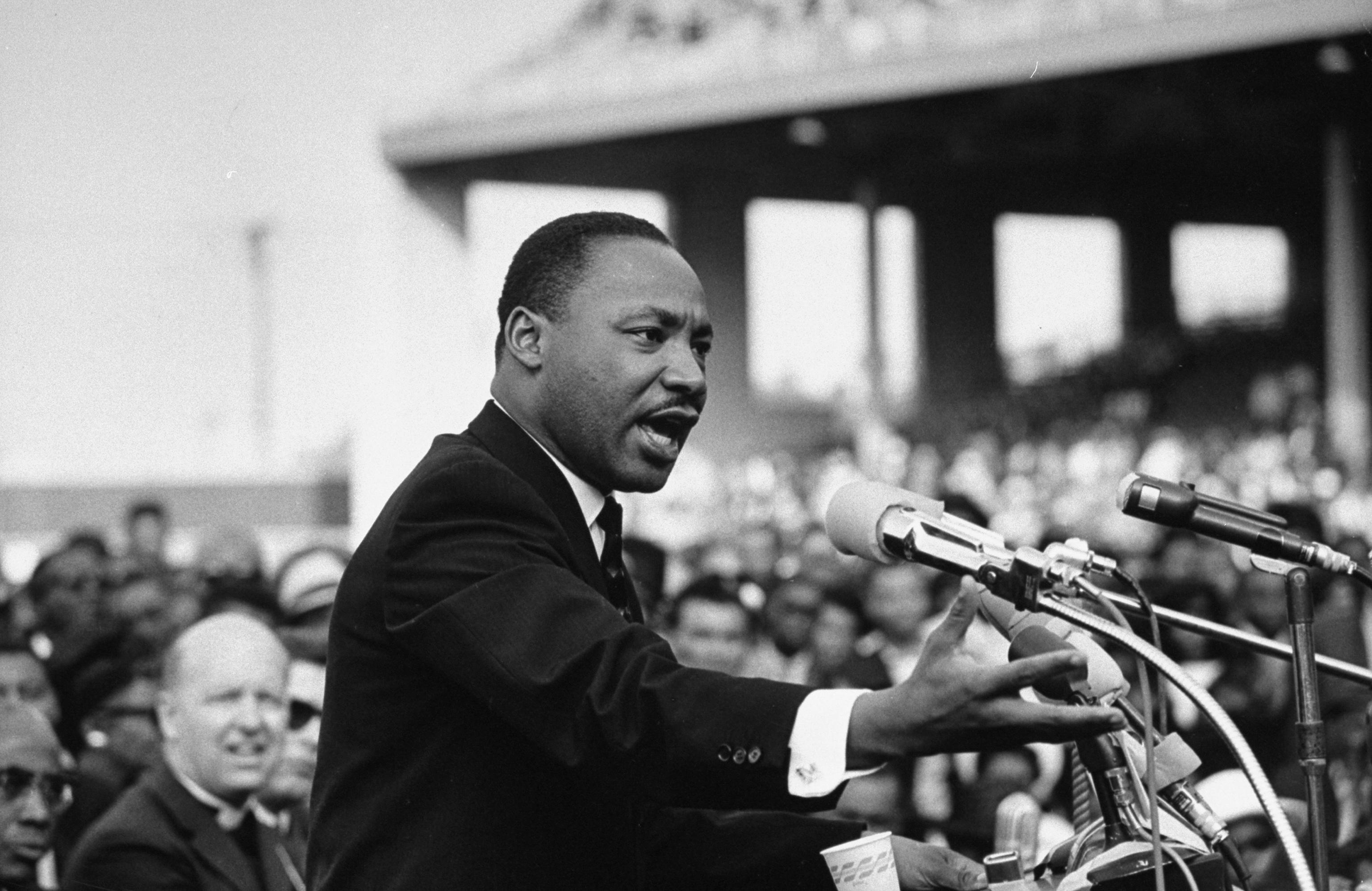 Dr Martin Luther King Jr. Essay