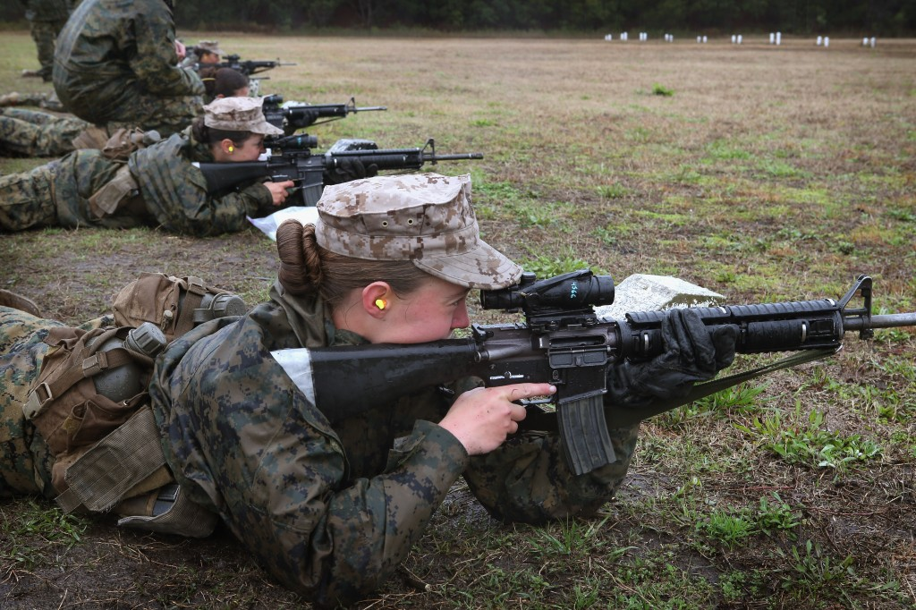Majority of U.S. army women say they do not want combat roles