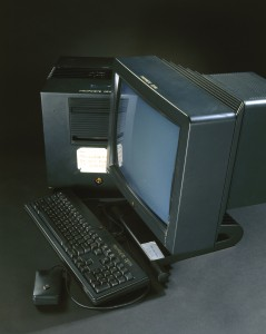 On this NeXT computer, British scientist Tim Berners-Lee devised the basic principles of the World Wide Web, while working at CERN in the late 1980s and early 1990s.