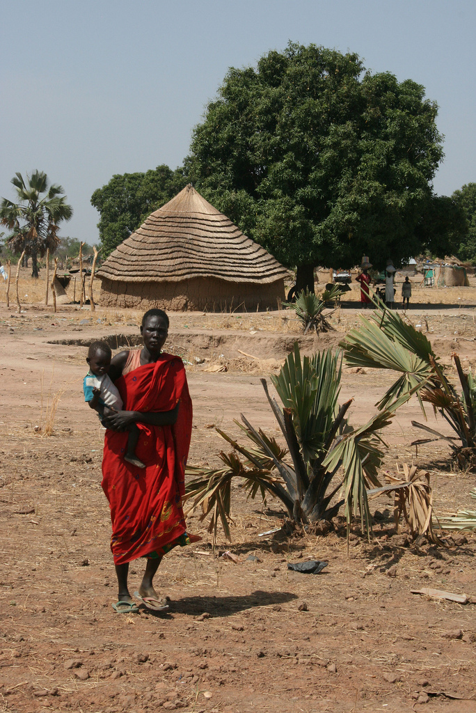 A mother and child in Warab state in southern Sudan. Photo by Larisa Epatko