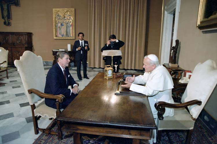 President Ronald Reagan visits Pope John Paul II at the Vatican in 1982. Photo via Reagan Library