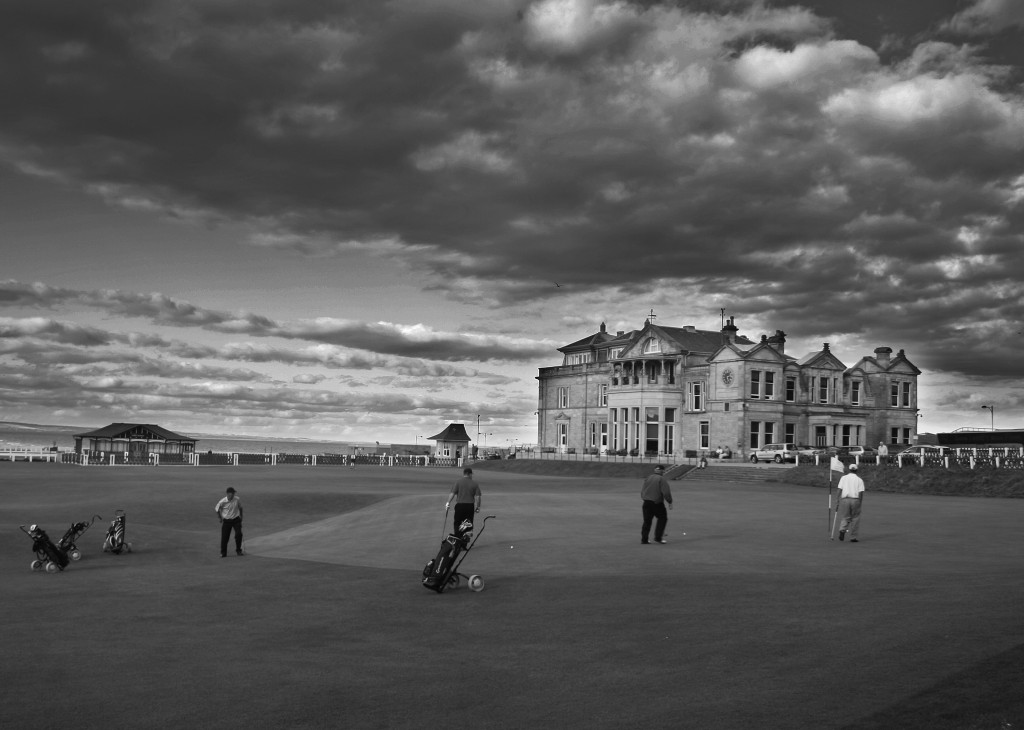 Women currently do not have access to the Royal and Ancient Golf Club of St. Andrews clubhouse, pictured, but a vote this year could change that. Photo by Flickr user Graeme Bird