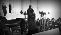 MARIAN_ANDERSON_singing