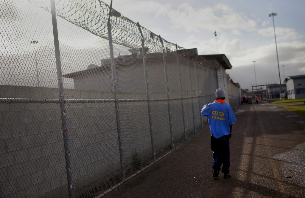 Ex-inmates have a greater exposure to disease and maintain higher levels of stress than men who have never been imprisoned, which leads them to die earlier, according to a new study.