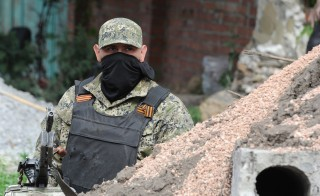 UKRAINE-UNREST-RUSSIA-CRISIS-POLITICS-SLAVYANSK-REBELS