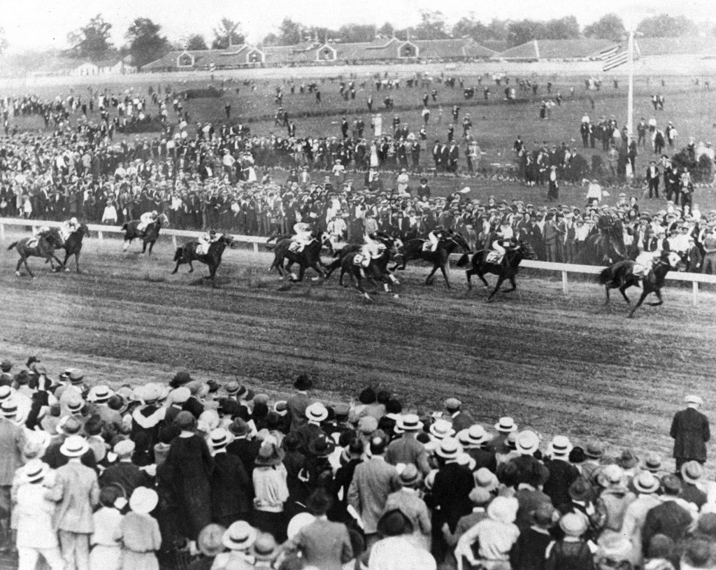 Racehorse Zev wins the 1923 Kentucky Derby with Martingale second and Vigil third.  Photo by NY Daily News Archive via Getty Images