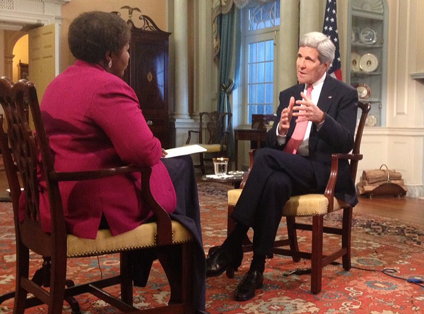 Gwen Ifill interviews Secretary of State John Kerry at the State Department. Photo by Justin Kenny