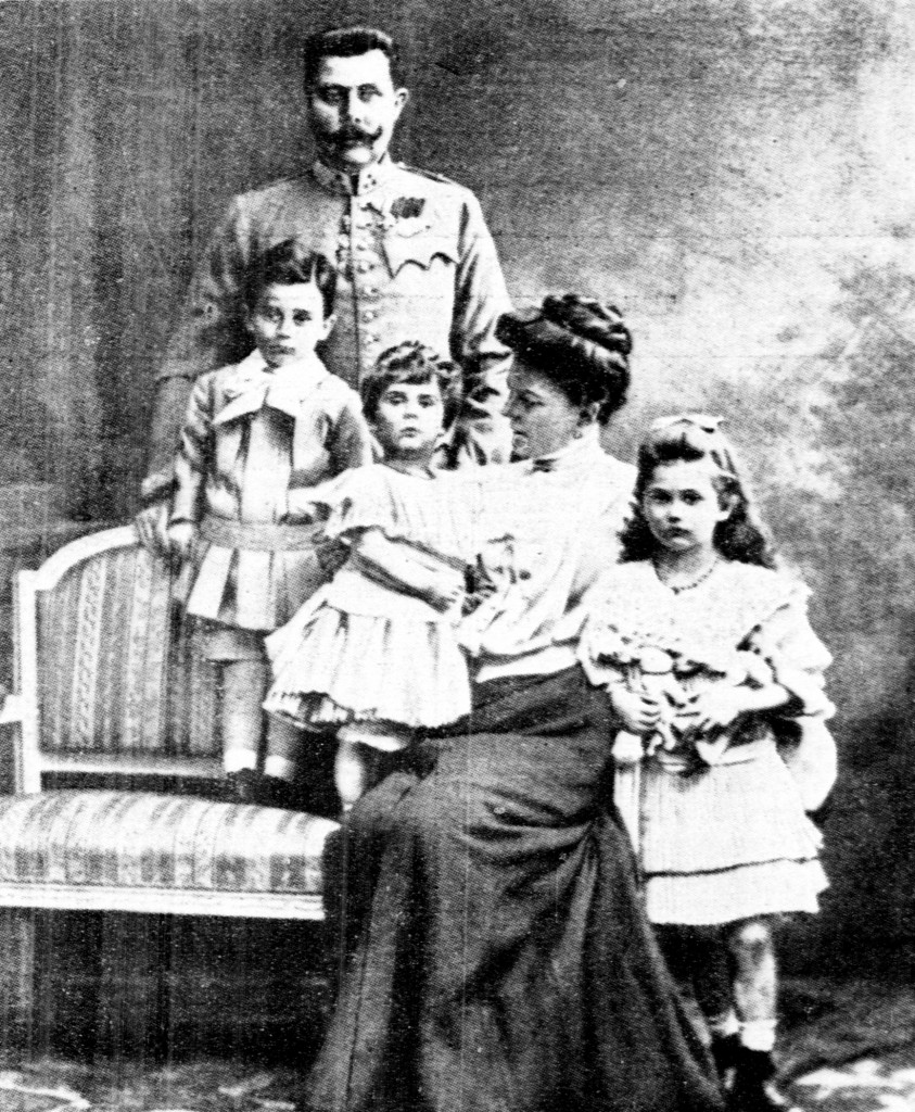 Franz Ferdinand with his wife, Sophie Chotek, and their three children: Maximilian, born 1902; Ernst, born 1904; and Sophie; born 1901. Photo by the New-York Tribune
