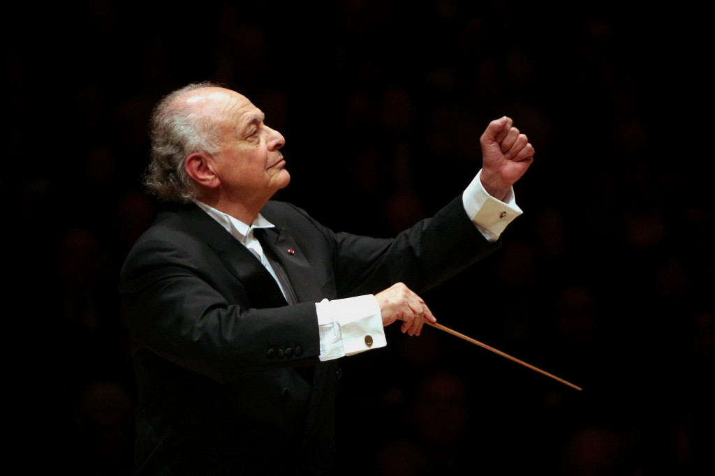 Lorin Maazel leading the Boston Symphony Orchestra in two Beethoven Symphonies (No. 6 & 7) at Carnegie Hall on Monday night, November 2, 2009.(Photo by Hiroyuki Ito/Getty Images)