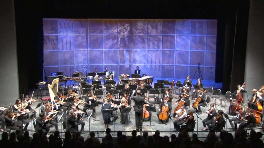"PBS NewsHour's Margaret Warner narrates ""Peter and the Wolf"" by Russian composer Sergei Prokofiev. Warner appeared at The Castleton Festival on Sunday, July 13, the day that famed composer and maestro Lorin Maazel, founder of the festival, died at the age of 84. Photo courtesy of The Castleton Festival"