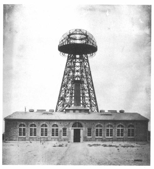 Tesla broadcast tower. Courtesy of Wikipedia