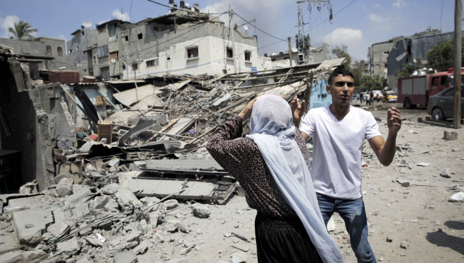 Violence increased in Gaza today in what was the bloodiest day of the Israeli-Palestinian conflict in recent years.