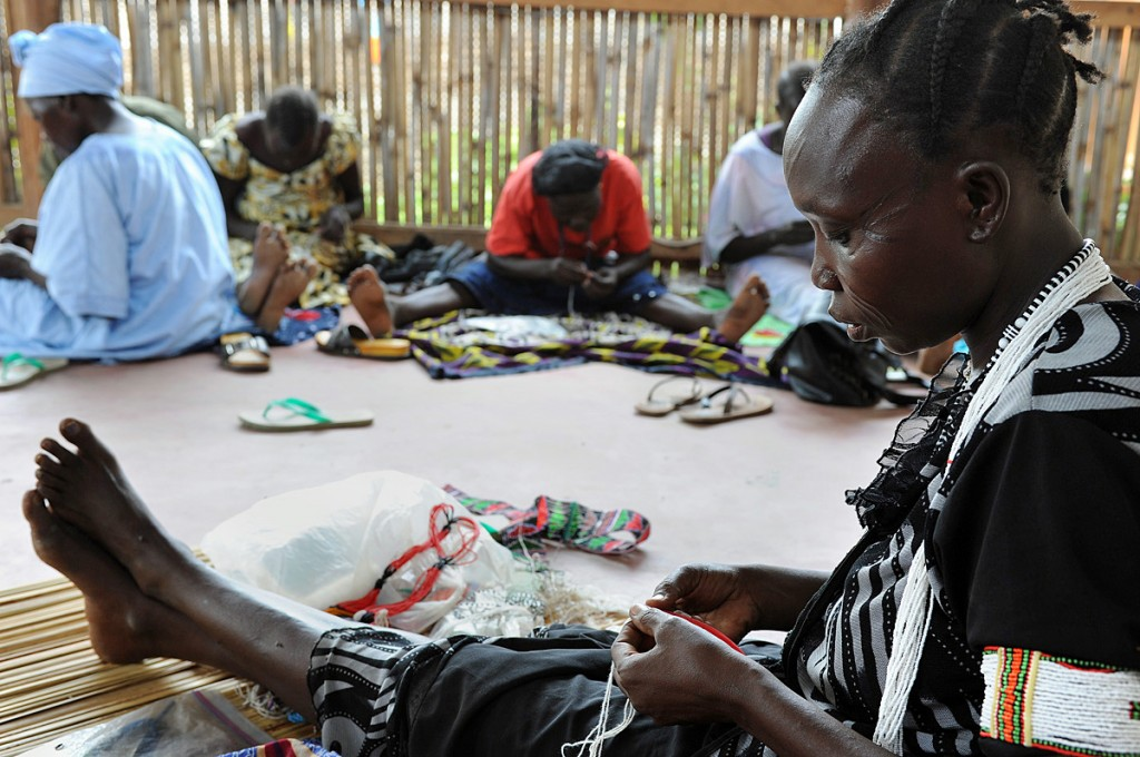 The Roots Project South Sudan brings together women of different tribes and communities to make beaded jewelry and ornaments.