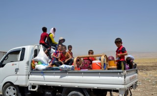 Iraqi Yazidis flee from Sinjar to Dohuk's Lalesh