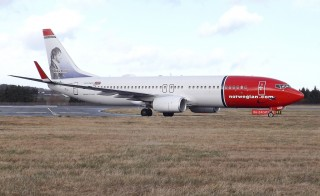 LN-NGN Boeing 737-800 Norwegian Air Shuttle. Photo by Flickr user Mark Harkin.