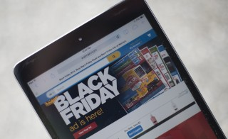 "A ""Black Friday"" advertisement for Walmart is seen on an iPad in Annapolis, Maryland November 16, 2014. ""Black Friday"" is coming early this year to retailers, as many plan to open on November 27, Thanksgiving Day.      AFP PHOTO / Jim WATSON        (Photo credit should read JIM WATSON/AFP/Getty Images)"