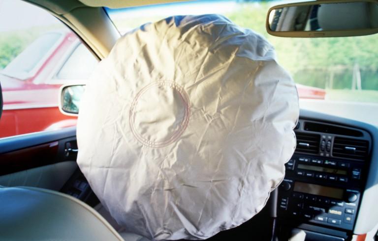 DEADLY AIR BAGS   monitor  air bag