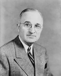 """Harry S Truman, bw half-length photo portrait, facing front, 1945"" by Edmonston Studio - The Library of Congress, http://loc.gov. Licensed under Public domain via Wikimedia Commons -"