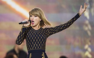 """Singer Taylor Swift performs on ABC's """"Good Morning America"""" to promote her new album """"1989"""" in New York, Oct. 30, 2014. Photo by Lucas Jackson/Reuters"""
