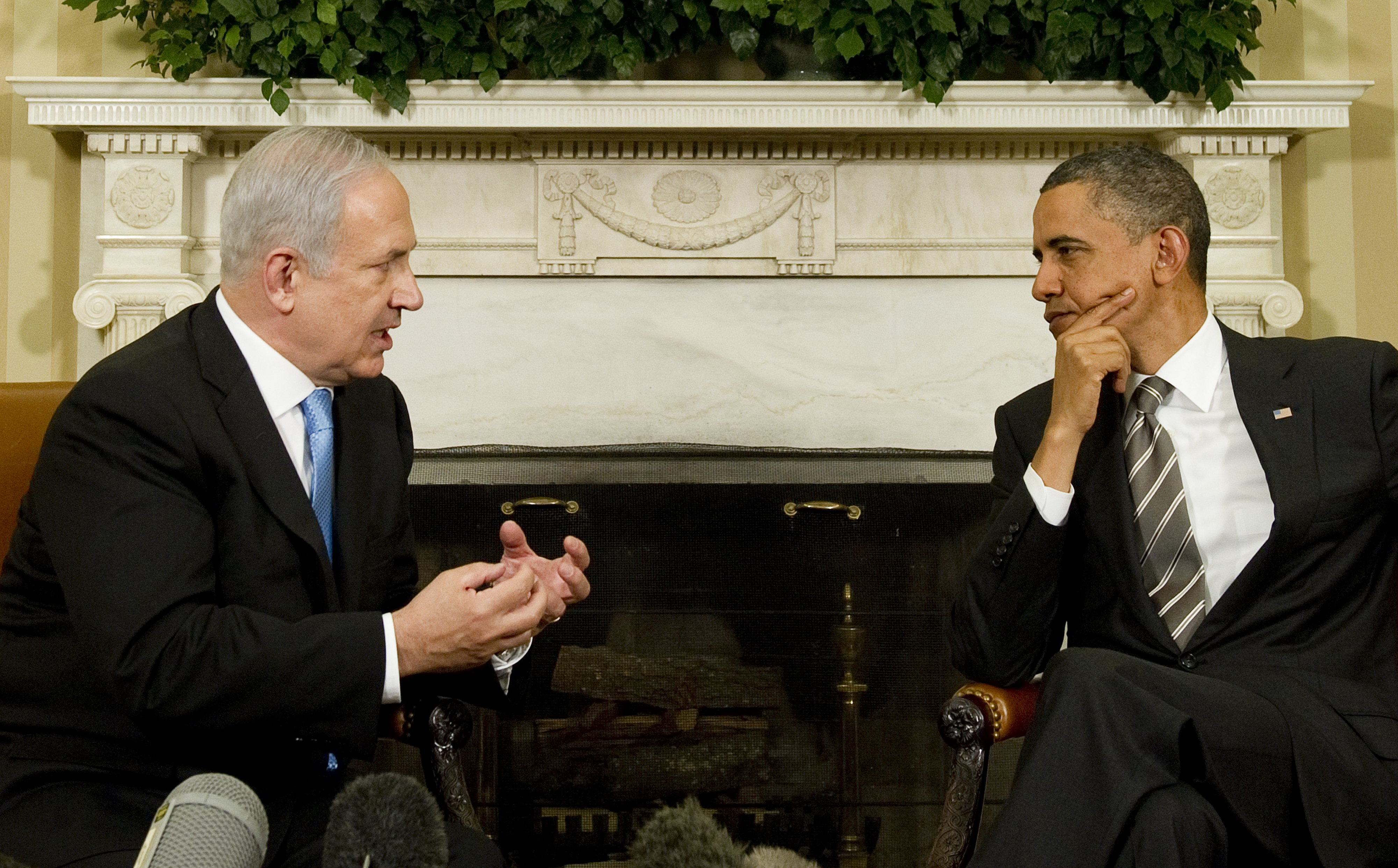 US President Barack Obama (R) meets with Israeli Prime Minister Benjamin Netanyahu in the Oval Office of the White House in Washington, DC, May 20, 2011. Building tensions between the two leaders have been six years in the making. Photo by Jim Watson/AFP/Getty Images.