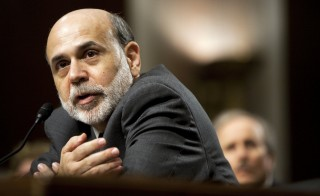 Bernanke Presents Semiannaul Monetary Policy Report To Senate