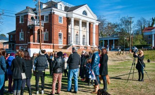 People gather The University of Virginia chapter of Phi Kappa Psi has been reinstated following an investigation into an alleged gang rape.  taken in Nov. 2014. Photo by Flickr user Bob Mical