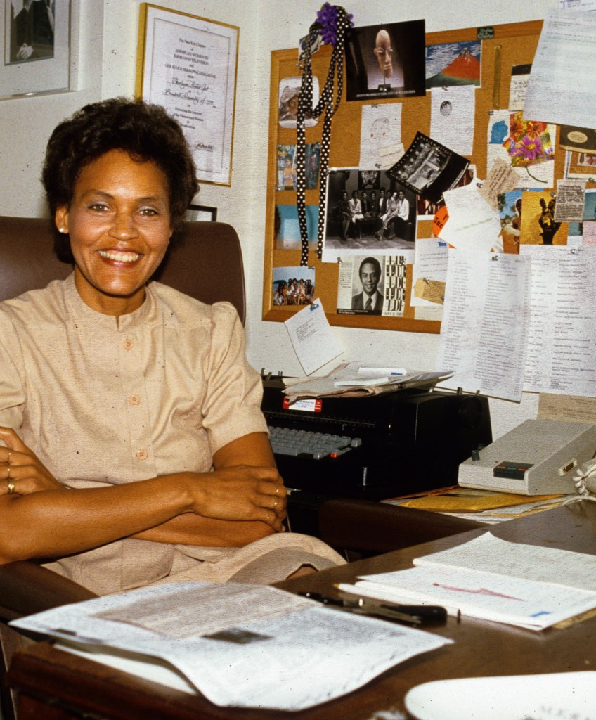 Charlayne Hunter-Gault in her office at the MacNeil/Lehrer Report on Sept. 6, 1983. Hunter-Gault will receive a lifetime achievement award. Photo by Yvonne Hemsey/Getty Images